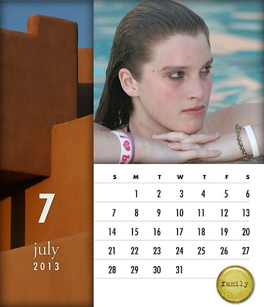 digital scrapbooking news products: scrapHappy Calendar Templates: 4×5 Color Block CD 2013