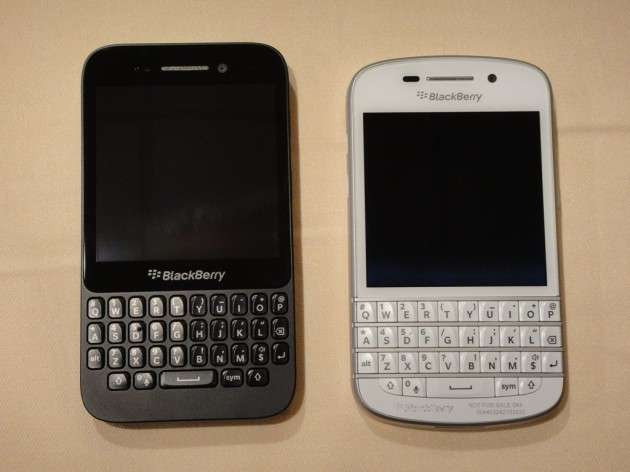 Omio BlackBerry Q5 vs BlackBerry Q10 1 image