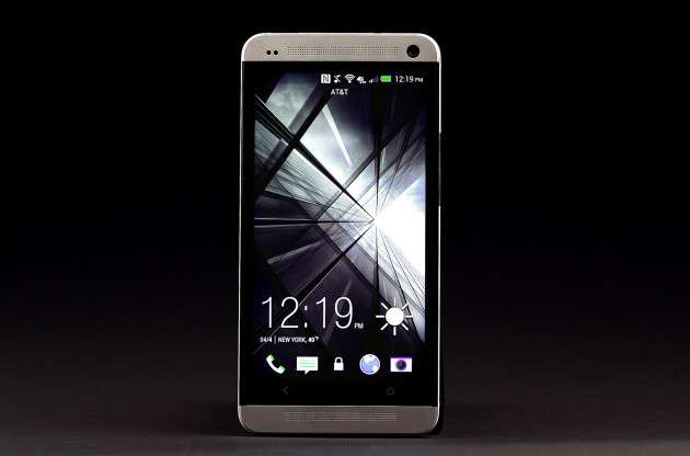 htc one main screen image