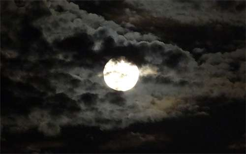Cloudy night cool moon wallpaper