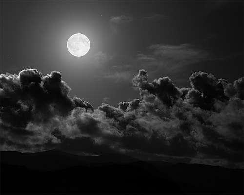 21-black-white-cloud-sky-moon-wallpaper-cool.jpg