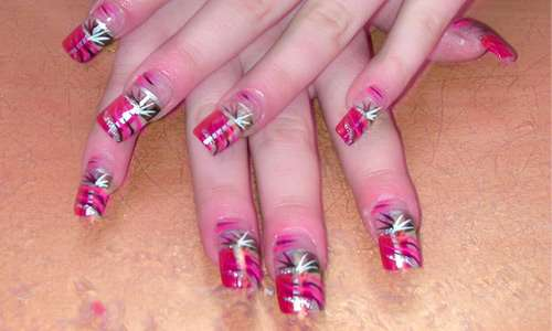Very artistic nail Art