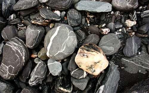 Stones in New Zealand wallpapers