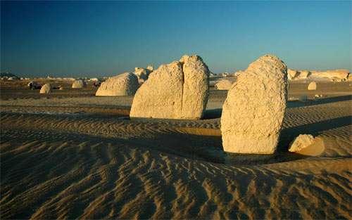 Desert Stones wallpaper