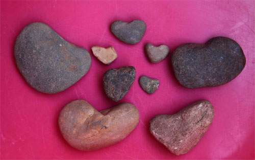 Collection Of Heart Shaped Stones wallpaper