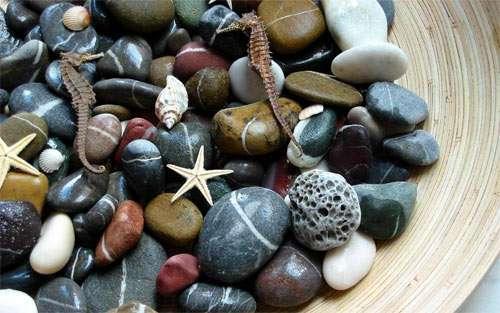 Aquatic Stones wallpaper