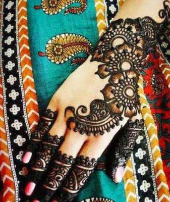 Latest-Mehndi-Designs-For-New-Year-2014-1.jpg (337×400)