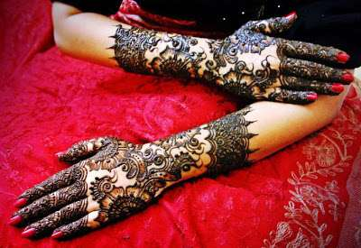 Latest-Mehndi-Designs-For-New-Year-2014-7.jpg (400×275)
