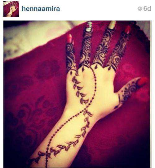 Romantic-Mehndi-Designs-for-Valentine-Day-2014-6.jpg (500×543)