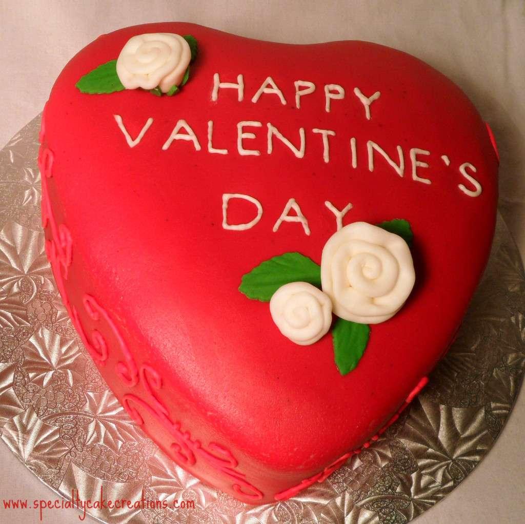 Red Valentineu0027s Day Cake