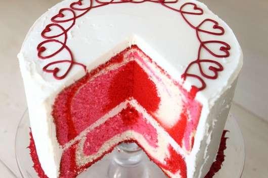 Tie-Dye-Valentines-Day-Cake-530x353.jpg (530×353)
